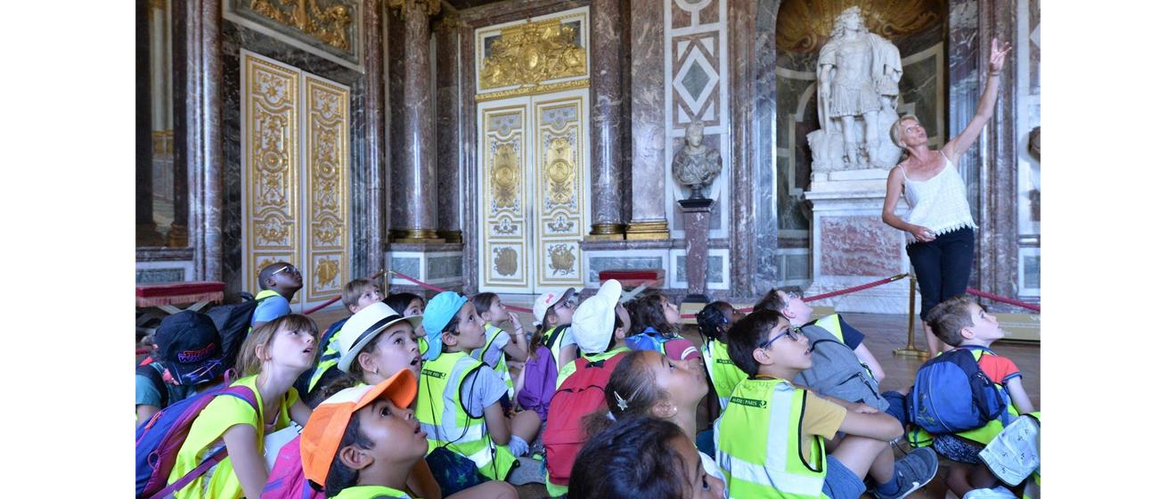 Une journée de vacances à Versailles : les enfants à la découverte du château