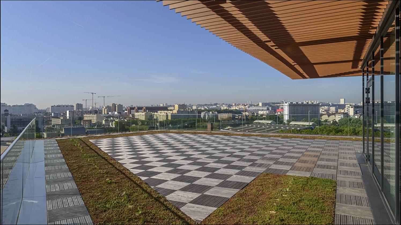 http://Terrasse%20de%20l'immeuble%20Panhard