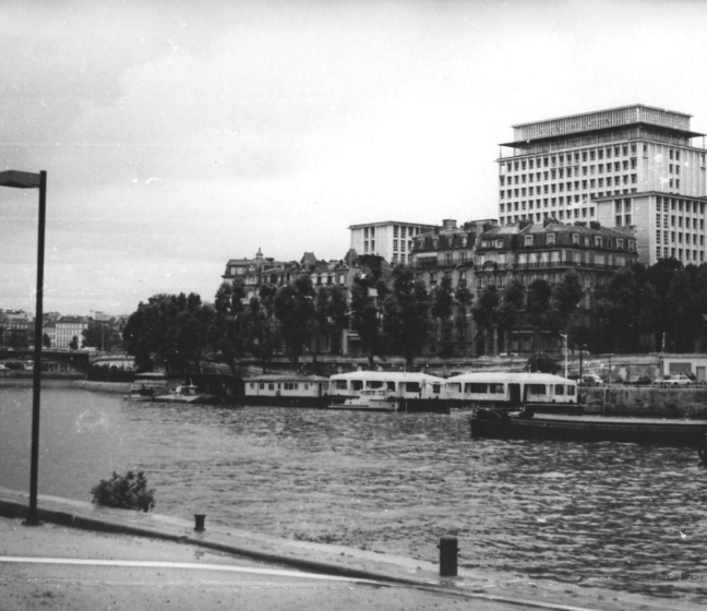 Photo historique de l'ancienne préfecture à Morland